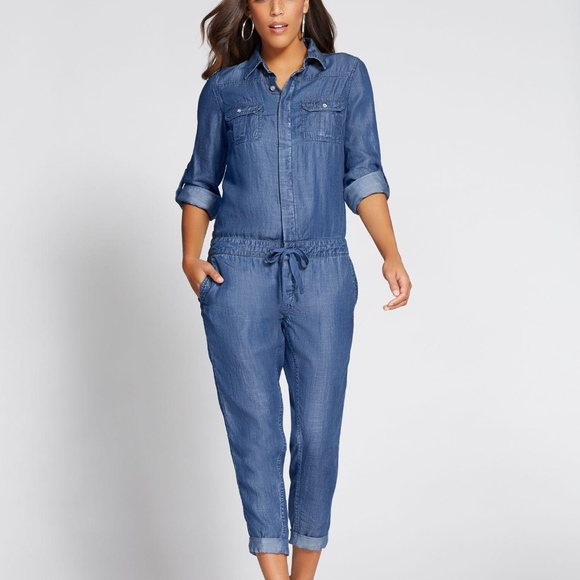 100b491e2c3d New York   Company Gabrielle Union denim jumpsuit.  M 5afdb1c08af1c54a1d42d9fb